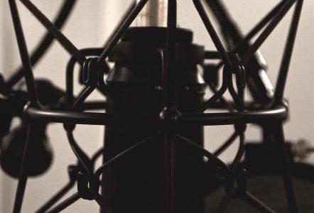 Recording studio microphone shock mount